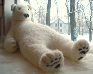 How adorable is this lazy little felt polar bear. Aupairs would love him.