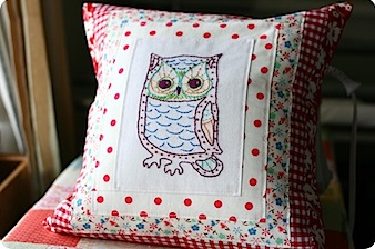 sometimescrafter owl pillow.jpg
