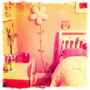 girls bedroom with owl wall sticker