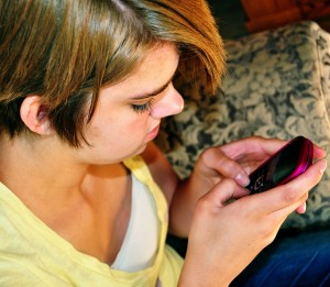 au pair cell phone rules